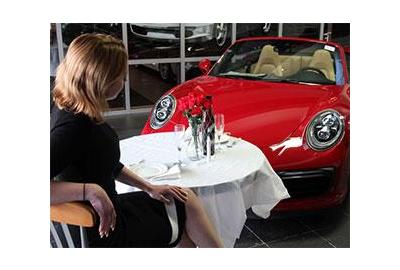 How to Decorate a Car Dealership for Valentine's Day